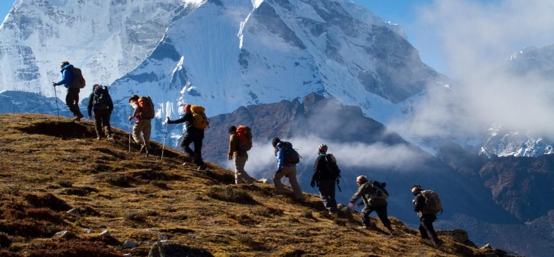 what s the difference between hiking trekking and mountaineering